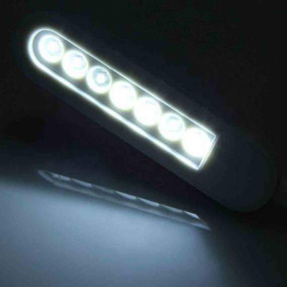 Luz 7 LED con con brazo flexible y USB